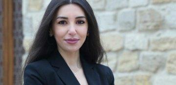 Türkan Turan yazır:Qadın halları